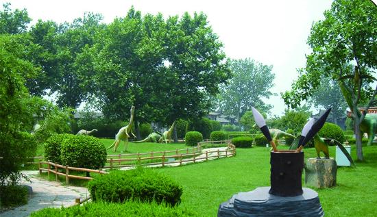 吉林省美丽田园园林绿化工程有限公司(www.meilitianyuan.cn)为东北最具影响力的园林绿化设计、施工、养护一体化的园林绿化企业、中国创新城市园林生态系统运营商,初创于2008年,2013年重组建立,是以花卉种苗种植生产、园林景观规划设计、园林绿化工程项目施工、园林养护服务等为一体的专业化城市园林绿化企业,旗下拥有哈尔滨分公司、新亚国际环境艺术设计有限公司、历母山花木场等分支机构,业务现已覆盖黑龙江、吉林、辽宁等地,先后承揽了力旺地产、诺睿德国际商务广场、辽源开发区、公主岭市社会福利服务中心、